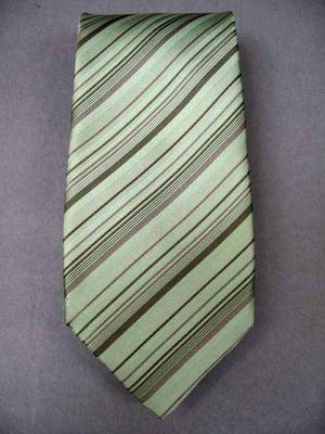 Tie Width : 3.875 inches,