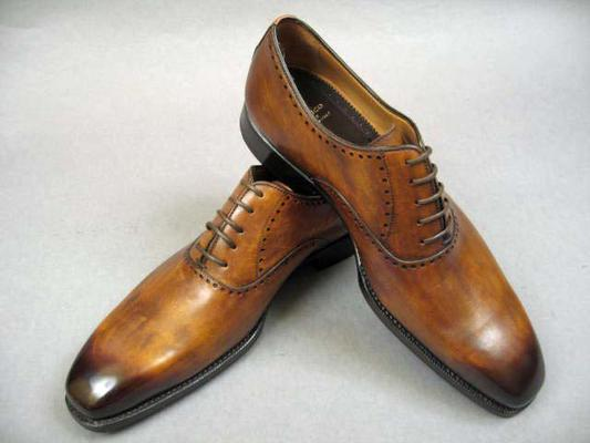 ,  Style  : Lace Up,  Style Notes  : Oxford,  Construction  : Blake, Exterior Length : 12.125 inches, Exterior Width : 4 inches,