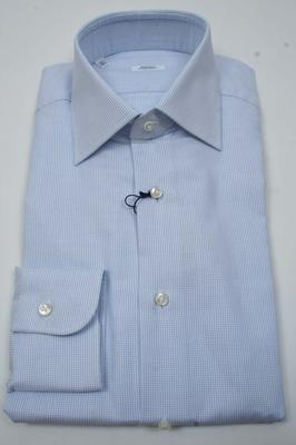 Collar : Spread, Cuffs : Barrel, Chest Pocket : No,  (Available in size 14.5, 15)